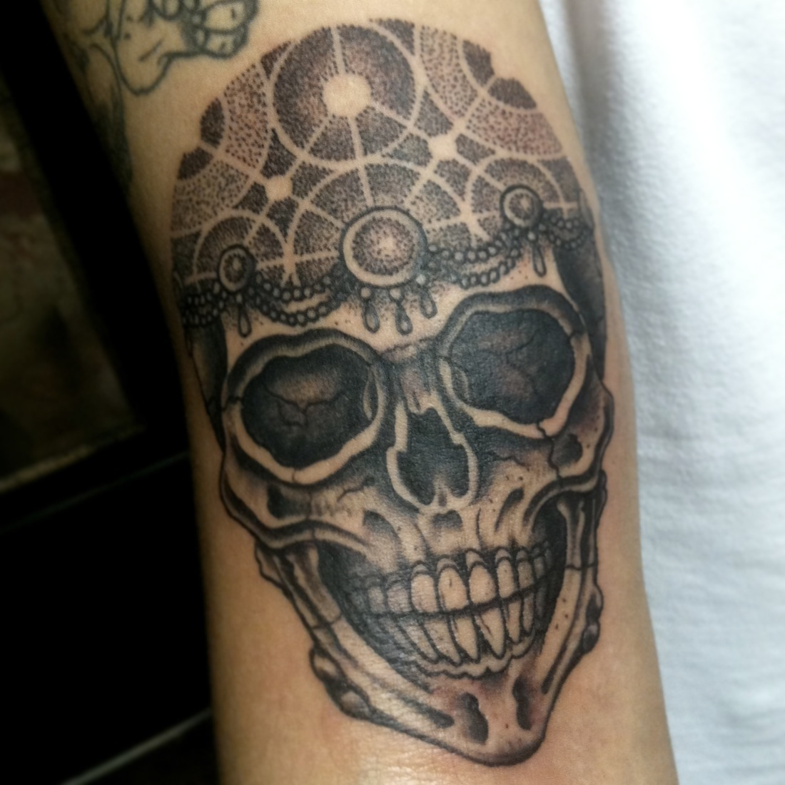 Small Upper Arm Tattoos For Guys